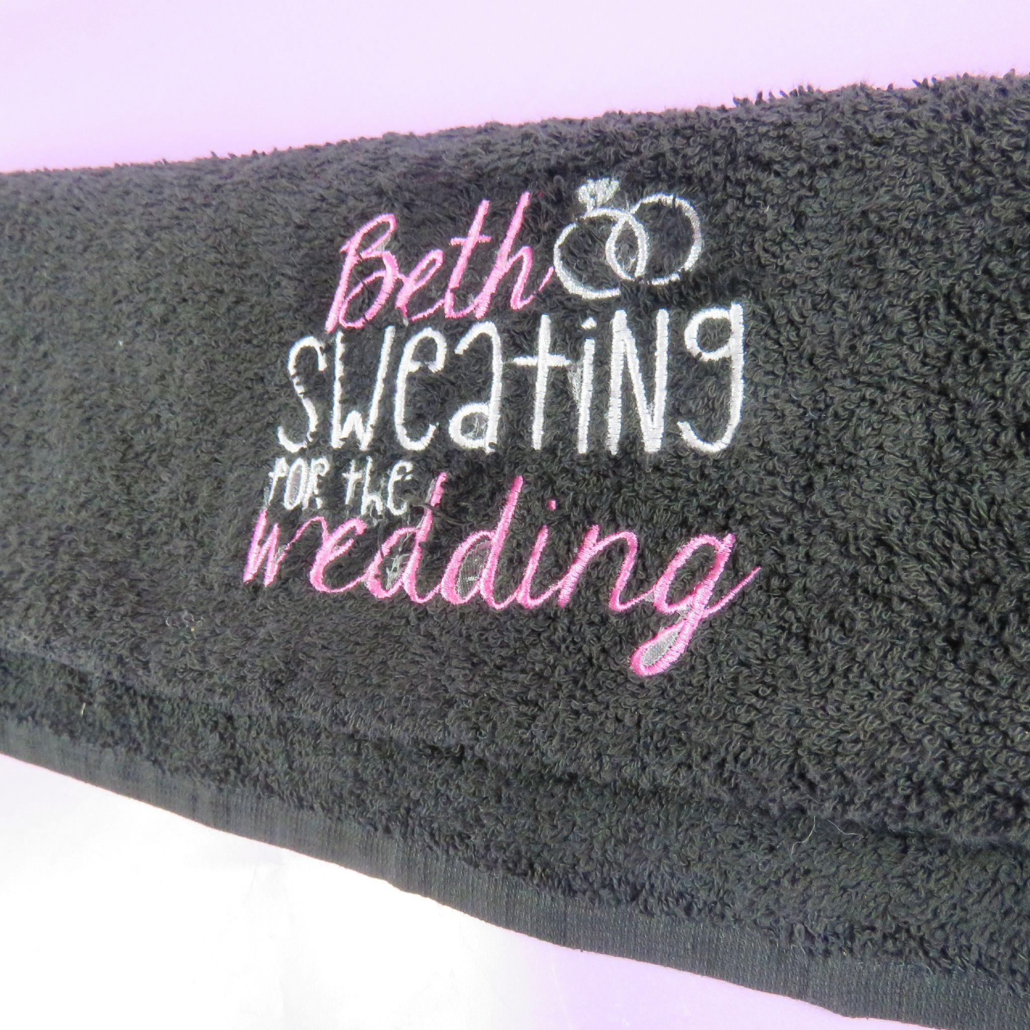 Embroidered Towels For Wedding Gift: Personalised Sweating For The Wedding Towel Embroidered